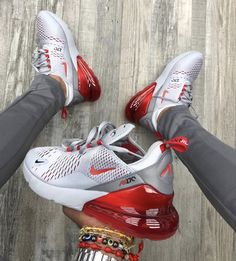 """Nike Air Max 270 """"Wolf Gray Red"""" organic link to shop for what a sick co . Cool Nike Shoes, Nike Air Shoes, Adidas Shoes, Cute Sneakers, Shoes Sneakers, Shoes Jordans, Souliers Nike, Nike Air Max, Nike Free Run"""