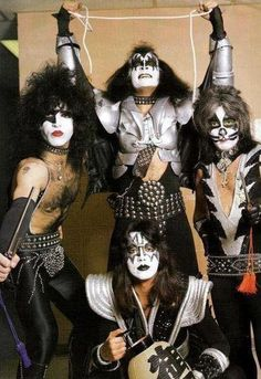 Bildresultat för kiss band 1976