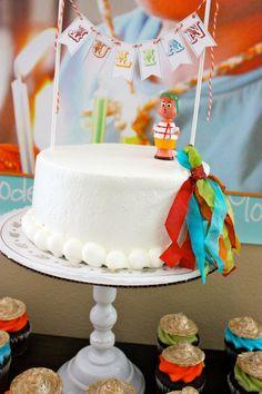 mexican luchador invitation | El chavo del ocho cake topper,, what a great idea,,,