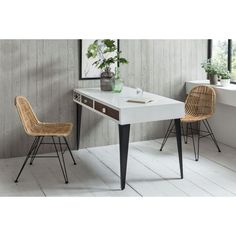 SIT for young Stuhl Rattan Rattan, Vintage Metal, Vintage Furniture, Office Desk, Dining Table, Living Room, Chair, Lidl, Home Decor
