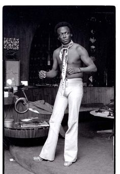 Miles Davis at Home, LA, photo by Anthony Barboza 1971 Blink article