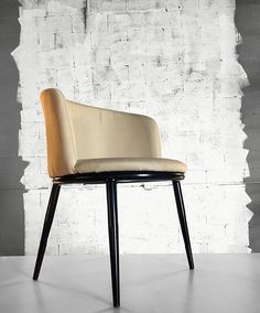 White Round Chair