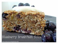 Blueberry Breakfast Slice - Natural New Age Mum Lunch Box Recipes, Raw Food Recipes, Sweet Recipes, Breakfast Recipes, Snack Recipes, Cooking Recipes, Snacks, Lunchbox Ideas, Breakfast Ideas