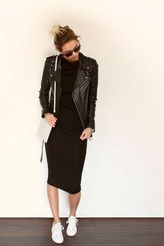 Women Clothing Combine Black Dress: The Best Styling Tips Women ClothingSource : Schwarzes Kleid kombinieren: Die besten Styling-Tipps by bettinakll Fashion Creator, Fashion Mode, Look Fashion, Fashion Trends, Fashion Bloggers, Fashion Beauty, Street Fashion, Fashion Black, Fashion News