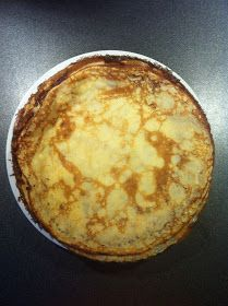 Jeg ELSKER pandekager og har efterhånden afprøvet en del opskrifter. I øjeblikket er denne min absolutte favorit. Pandekagedejen bliver fo...