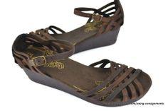 Ladies Leather SKECHERS Sandals Vintage Texture #SKECHERS #Strappy