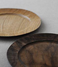 handcraftwoodcraft: Bread plates by Hiroyuki Watanabe. Black walnut and…