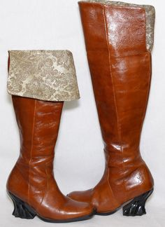 c7b2b3a175f4 Fluevog Leather Cuff Boots Womens 6 Brown Side Zip Desdemona Damask Rococo  Heel