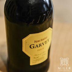 Sherry to jedno z win o najbardziej złożonej historii, którego produkcja jest niezwykle pracochłonna. Ten unikatowy trunek powstaje w Andaluzji – południowej części Hiszpanii. Winnice zlokalizowane są w bliskości miast Jerez de la Frontera, Puerto de Santa Maria i Sanlucar de Barrameda, które razem tworzą tak zwany Złoty Trójkąt.