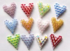 Crystal Triangle Puffy Heart Pattern | Bead-Patterns.com