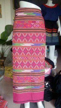 Skirt woven sarong Thai Tradition Woman Sarong Wrap by Bankkiiz