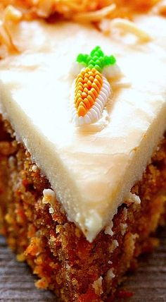 Scrumptious Carrot Cake with Cream Cheese Frosting ❊