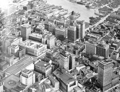 Baltimore Aerial These are beautiful photos. Remind me of my city when I was a child. not gonna date myself but love this shot nonetheless Baltimore Skyline, Baltimore Colts, Baltimore Maryland, Vintage Photographs, Vintage Photos, 10 Picture, Chesapeake Bay, The Good Old Days, Historical Photos