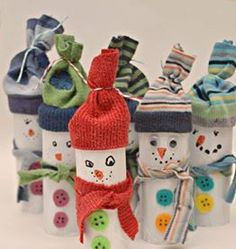 Looking for an easy and inexpensive craft idea for kids? You'll love this roundup of Christmas Toilet Paper Roll Crafts! Christmas Activities, Christmas Crafts For Kids, Winter Christmas, Kids Christmas, Holiday Crafts, Holiday Fun, Christmas Decorations, Winter Activities, Cheap Christmas