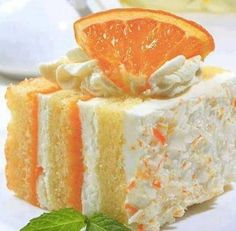 1 Pkg Yellow Cake Mix 2 Pks Orange JELL-O 1 Pk Vanilla Instant Pudding 1 Cup Milk 2 Tsp Vanilla 1 Tub Cool Whip   Bake the cake as directed in a pan. Let cake cool completely. Poke holes in Orange Dreamsicle Cake Recipe, Creamsicle Cake, Orange Creamsicle, Mini Cakes, Cupcake Cakes, Desserts Rafraîchissants, Health Desserts, Holiday Desserts, Pumpkin Pie Cupcakes