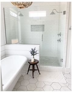 Master Bathroom Shower, Modern Bathroom, Large Tile Bathroom, Large Tile Shower, Small Master Bathroom Ideas, Tile Walk In Shower, Clean Shower, All White Bathroom, Dyi Bathroom