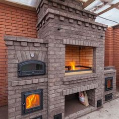 Discover thousands of images about outdoor oven complex barbecue - Garden decor ideas Outdoor Stone Fireplaces, Outdoor Fireplace Designs, Backyard Fireplace, Fire Pit Backyard, Backyard Patio, Barbecue Garden, Outdoor Barbeque, Pizza Oven Outdoor, Outdoor Cooking