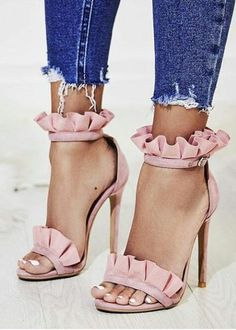 WOAH look at these beautiful blush ruffle covered shoes! LOVE