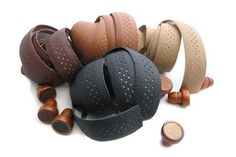 Handle-tape in real leather oh yeah :) I went for dark brown. BLB Echt Leder Soft Lenkerband