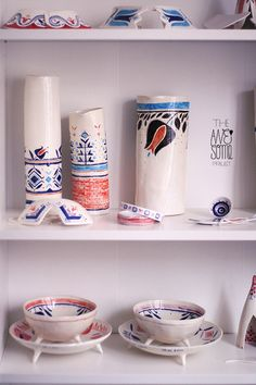 An experimental journey of the multidisciplinary illustrator Madalina Andronic through the awesome milky-silky world of porcelain, with a touch of Romanian folklore. Ceramic Decor, Ceramic Art, Principles Of Art, Decorative Objects, Decorative Bottles, Handmade Decorations, Handmade Clothes, Art Pieces, Stoneware