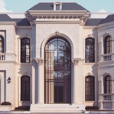 Sarah Sadeq architects Abudahbi Private villa #classicmodernmansion Classic House Exterior, Classic Architecture, Interior Architecture, Villa Design, House Design, Porte Cochere, Classic Interior, Dream House Plans, Elegant Homes