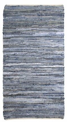 Denim rug HKliving of different colors blue white gray katoen.De colors vary per carpet. Super Nice price!