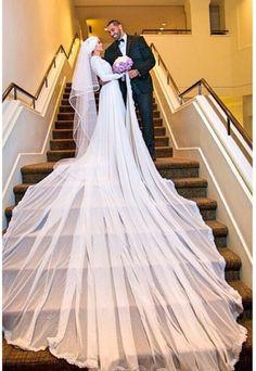 MashaAllah hijabi bride with a beautiful flowing dress. :)♥♥♥