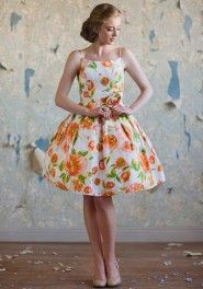 another late 50 s early 60 s style dress that I hanker after Vintage Šaty 8f7c2ff9f35