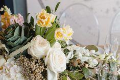 Top Cape Town wedding floral designer, Fleur le Corder. Wedding reception decor.  #topsaweddingsupplier #weddingreception #flowers