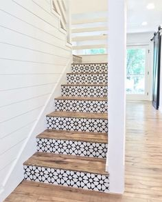 Lovely use of tiles on stair risers. They look stunning against the wood of the steps. Lovely use of tiles on stair risers. They look stunning against the wood of the steps. Style At Home, Tile Stairs, Tiled Staircase, Wood Stairs, Basement Stairs, Concrete Stairs, Staircase Ideas, Basement Ideas, Stair Idea