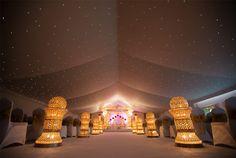 Crown jewel aisle pillars