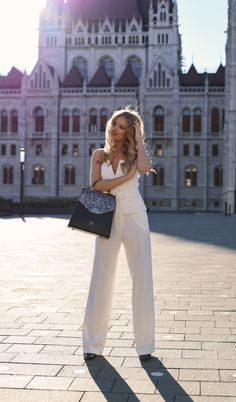 #orovicafashion #annahodlikbag #summervibes Summer Events, White Outfits, Timeless Fashion, Summer Vibes, Womens Fashion, Design, Style, White Rave Outfits, Swag