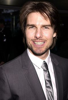 Tom Cruise in braces, 2002.