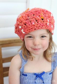 Crochet Hat using Knit Collage Daisy Chain Crochet Baby Hats, Crochet Yarn, Crochet Hooks, Knitted Hats, Easy Knit Hat, Chunky Yarn, Chunky Knits, Crochet Projects, Knitting Projects