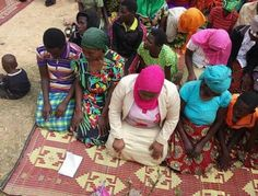 NIGERIAN TOP SECRET: Photos: Rwandan pastor forces all members of his c...
