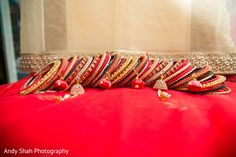 Splendid bridal bangles set. https://www.maharaniweddings.com/gallery/photo/147534