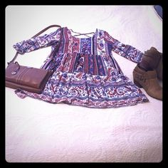"""Super cute, Boho tunic or mini dress. Size L Adorable for Spring and Summer! Boho style dress or tunic top. Beautiful paisley print with cobalt blue, rust, black on a creamy white background! This is a FABULOUS piece! Made by """"Umgee"""" size Large 10/12, 33"""" from shoulder to hem, 38"""" bust. Umgee Dresses Mini"""