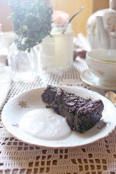 Torta autunnale cacao e castagne.  http://dilycious.com/ricette/torta-autunnale-castagne-e-cacao/