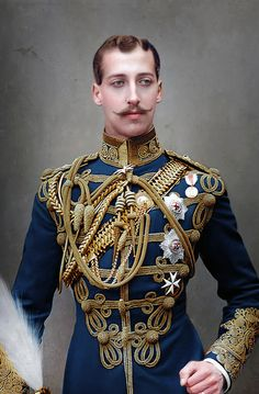 Bringing black and white pictures to life Colorized History, Middle Age Fashion, Korea Dress, Historical Images, Prince Albert, Victoria And Albert, Black And White Pictures, Character Outfits, Moustache
