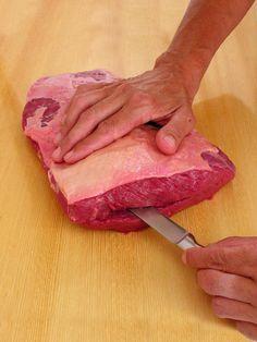 Picanha invertida Carne Asada, Protein Shop, Brazilian Bbq, Meal Prep Menu, Gastronomy Food, Le Chef, Cordon Bleu, Food Inspiration, Food Porn