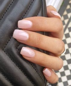 Neutral Nails, Nude Nails, Pink Gel Nails, Coffin Nails, Short Pink Nails, Short Gel Nails, Sns Nails, Gel Nail Colors, Manicure For Short Nails