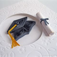 quilled graduation cap for a card