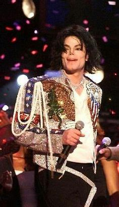 Michael Jackson,I can't Take This anymore...Your too Damn Attractive!!!