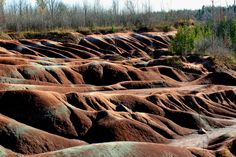 Cheltenham Badlands in Caledon, Protect Cheltenham Badlands, Cheltenham Badlands hills and gullies, Cheltenham Badlands red shale