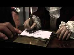 Jaquet Droz The Writer Automaton From 1774 In Action robot automa del 1774 funziona ancora