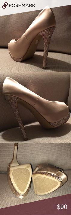Steve Madden studded heels Ever so slightly worn Steve Madden rhinestone heels...gorgeous shoes size 6.5 Steve Madden Shoes Heels