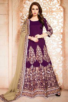 Purple Banglori Soie Anarkali Churidar Suit Avec Dupatta en ligne  http://www.andaazfashion.fr/salwar-kameez/anarkali-suits