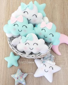 They're so fun to look at! Baby Crafts, Felt Crafts, Diy And Crafts, Star Mobile, Mobile Mobile, Coloring For Boys, Felt Keychain, Sewing Projects, Projects To Try