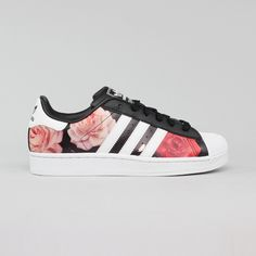 Foto principal de Tênis Adidas Star Black/Run Floral sneakers, casual, sport chic, sportswear, streetwear, shoes