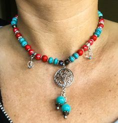 Necklace turquoise / red